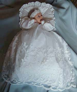 Baby-Staab Christening dress and baby nest